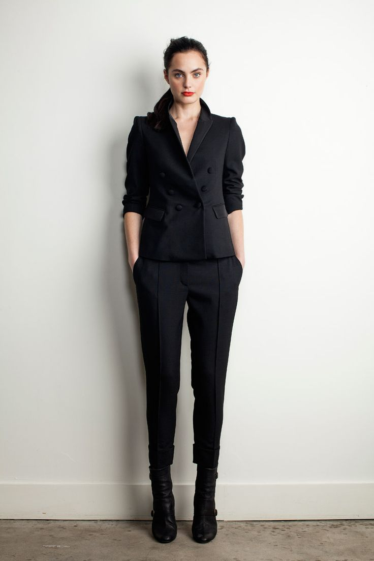 Black Suit Band of Outsiders Pre-Fall 2013 #fashion #Style