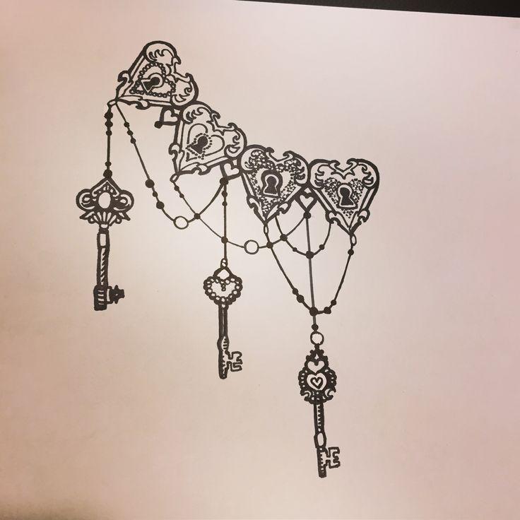 Side ribs side boobs cadenas clés keys black and grey dotwork perle bijoux love tattoo