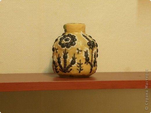 Мозаика на пластилине. Черный рис,черные бобы, арбузные семечки. фото 1