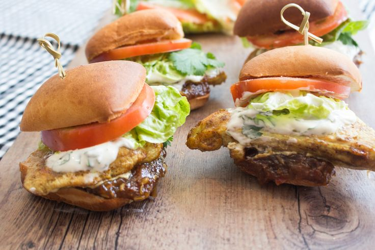Prepare to drool. Tonight's dinner is sure to be a crowd pleaser. Inspired from India, we present our Garam masala spiked chicken sliders on ciabatta buns with WOOP's own tamarind chutney. They are freshened up with some crispy lettuce, tomato and a yoghurt dressing to bring balance and cool things down. Enjoy!