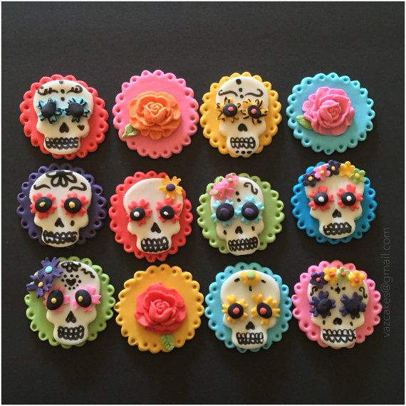 Day Of the dead fondant cupcake toppers by Vazcakes on Etsy