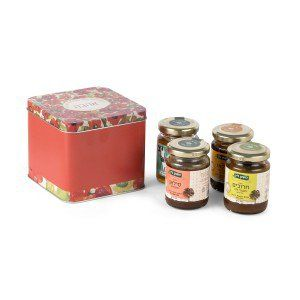 Lin's Farm From the Whole Heart Gift Box | Kosher Gift Baskets