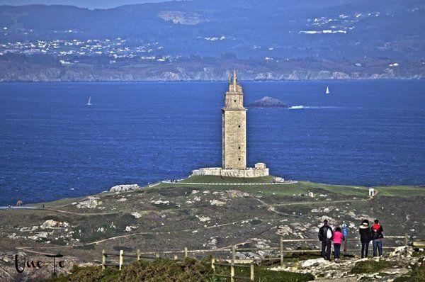 Al fondo, la #TorreDeHércules by @UneTe76 #ACoruña #Galicia #SienteGalicia ➡ Descubre más en http://www.sientegalicia.com/