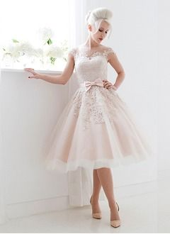 Duchesse-Linie U-Ausschnitt Knielang Satin Tüll Brautkleid mit Spitze Schleife(n)