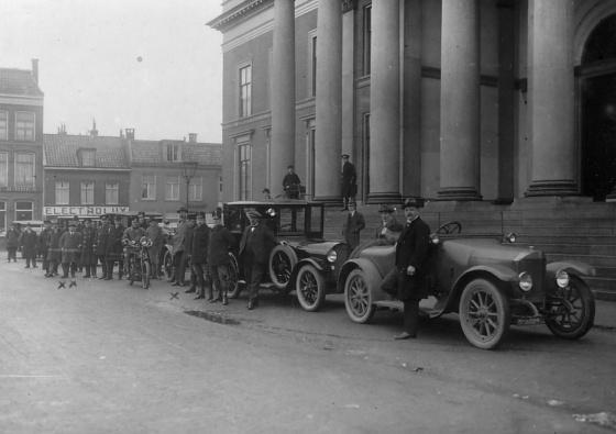 Verkeersinspectie in de jaren '20, Leeuwarden
