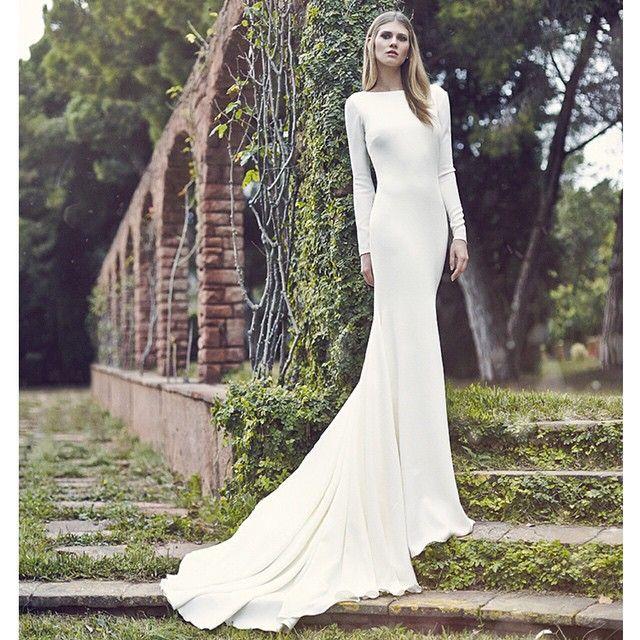 Vestido de novia, minimalista. Cuello. Entale y caida. Atelier Pronovias 2016