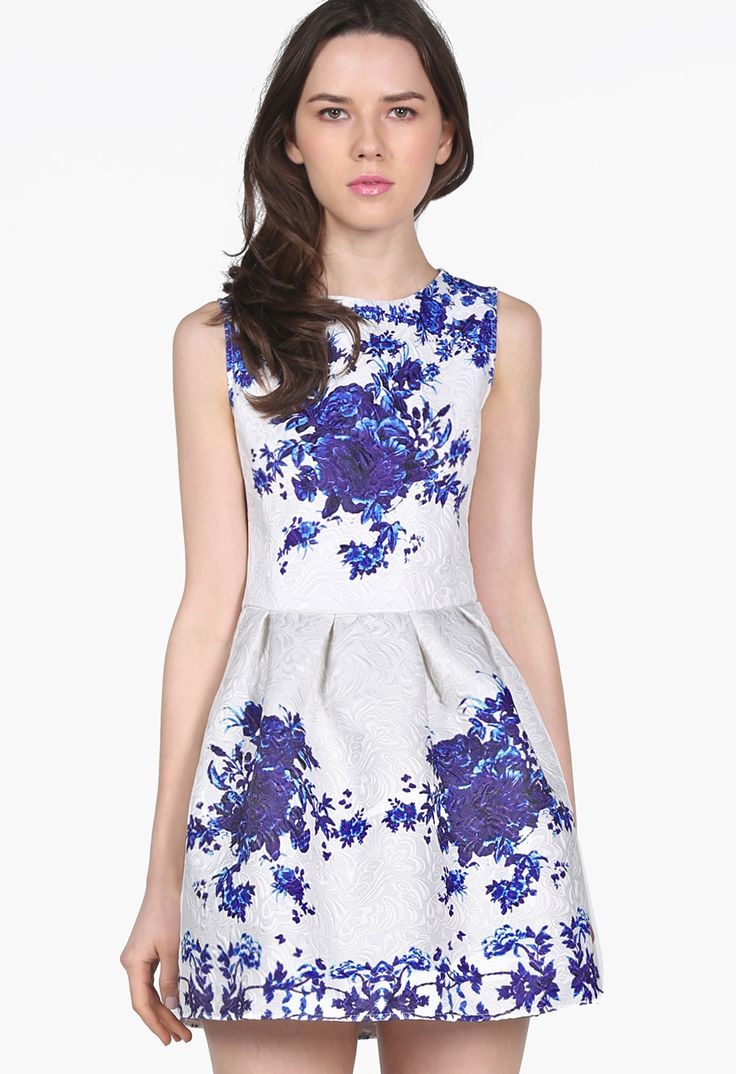 White Sleeveless Porcelain Print Flare Dress EUR€18.20