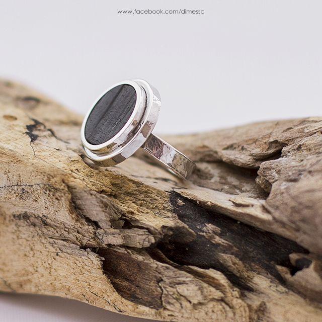 silver ring with ebony www.facebook.com/dimesso
