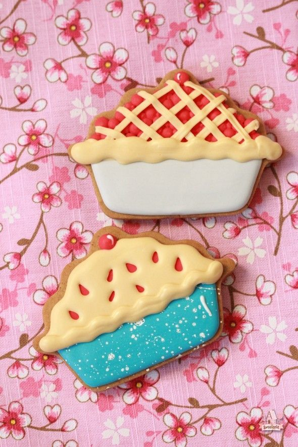 How to Decorate Cherry Pie Cookies   Sweetopia