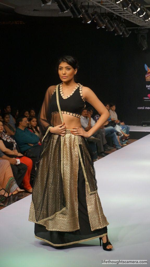 Bangalore Fashion Week 12th edition - Designer Shloka - covered by LifeThoughtsCamera.com (video included) .. .. .. .. .. .. .. .. .. .. .. .. .. .. .. . .. .. .. .. .. .. . .. .. #LifeThoughtsCamera , #FashionAdvice , #Fashion , #FashionBlog , #FashionBlogger , #FashionBlog , #IndianBlogger , #IndianFashionBlogger , #Bangalore, #Bengaluru, #India, #BangaloreFashionWeek , #ShlokaSudhakar ,