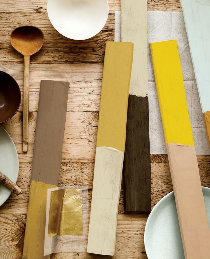 Colour of the Year 2016 Ochre Gold