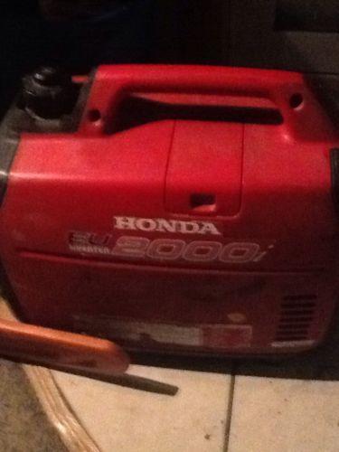 Honda EU2000I Super Quiet 2000 Watt Portable Generator with Inverter