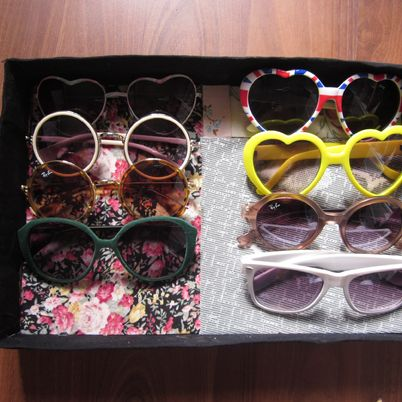 Make a Nice Organized Glasses Drawer