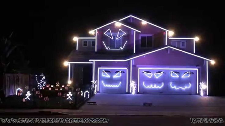 2014 Halloween Light Show – Jump Around by House of Pain…old skool song :-) 4 singing pumpkin faces, tombstones, hand carved pumpkins, strobes, floods and th...