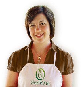 Martincsevicsné Jenei Gizella vagyok és én fogok segíteni Neked abban, hogy eligazodj a hidegen sajtolt növényi olajok világában.