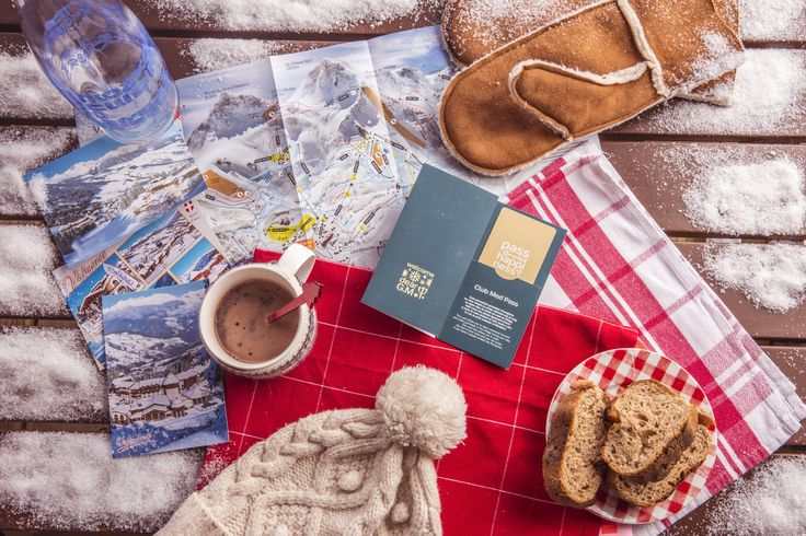 Your essentials when you go skiing with us at Club Med Valmorel !