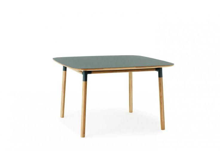 Stół Form 120 x 120 cm zielony — Stoły Normann Copenhagen — sfmeble.pl