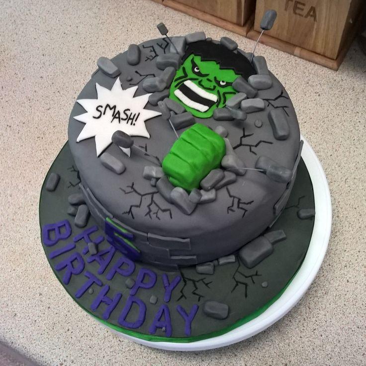 Hulk SMASH cake for my little cousin's birthday