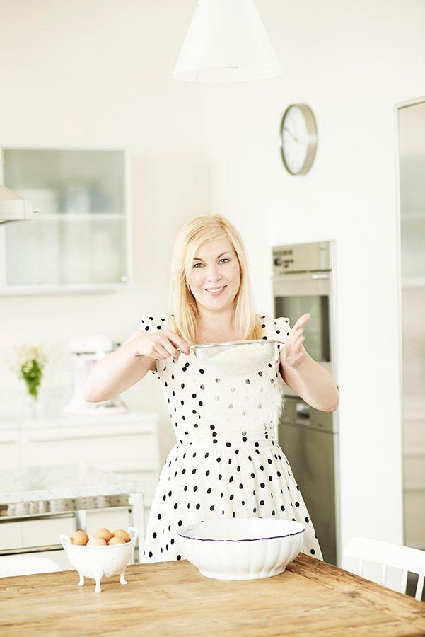 Když vaření je láska anaopak… Rodinnou kuchařku sbabiččinými recepty považuje Dita za svůj největší poklad. Podle ní připraví na chalupě koprovou omáčku se ztraceným vejcem, králíka na hořčici, bramboračku ausmaží nadýchané koblihy. Režie D.Ondříček