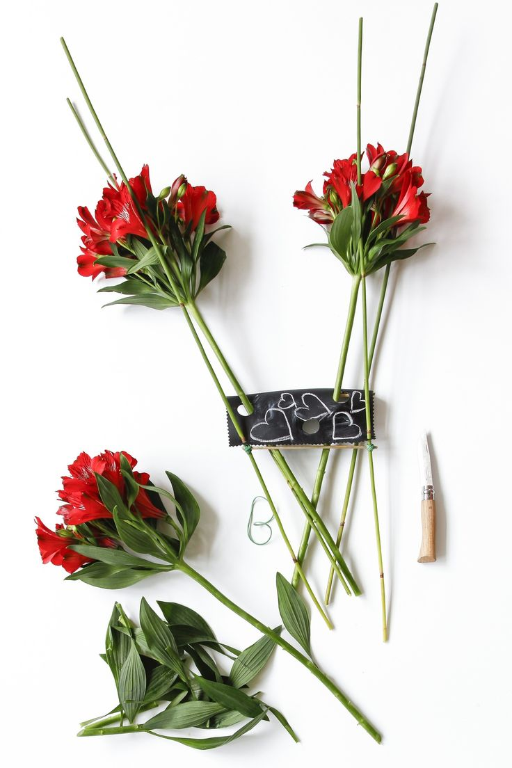 31 best ALSTROEMERIA images on Pinterest | Flower arrangements ...