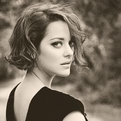 Marion Cotillard (that reminds me, I need to cut my hair)