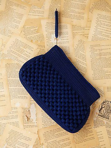 Inspiration: Crocheted Clutch...love the stitch and the color! I love this shade of blue.