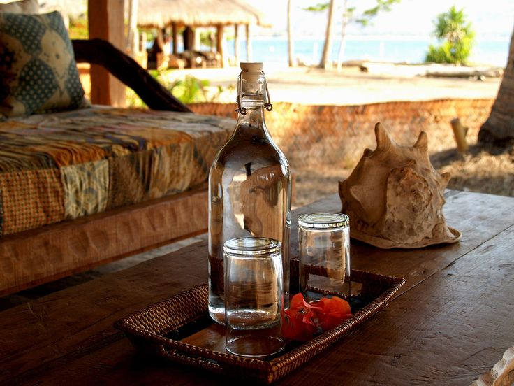 Water is a human right! That's why here at eco lodge we provide free flow Lombok spring water in glass bottles for our guests, don't forget to keep hydrated on these scorching hot beach days! 💧💙 #free #water #springwater #humanrights #noplastic #bungalow #getaway #gili #giliasahan #ecolodge #giliasahanecolodge #gilibible #giliguide #giliislands #gililife #indonesia #islandhomes #islandlife #lombok #travel #lodge #hotel #lombokguide #travel #ecofriendly #ecoconscious #ecoliving