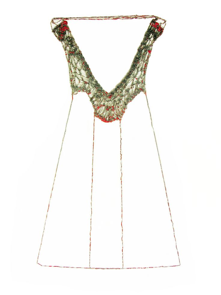 Liana Pattihis - 'Adapted Patterns' Installation Necklace 01 (2011). Silver chain, enamel. Photo from http://www.pattihis.com