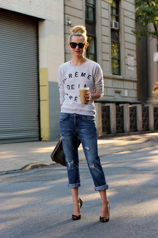 casual look  with sweater and distressed cropped jeans. #fashion #streetstyle