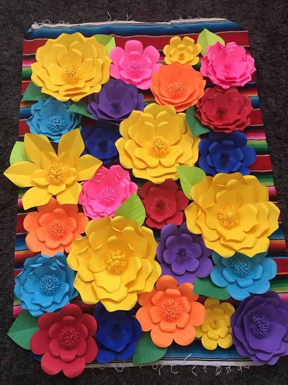 25 Mexican Fiesta Giant Paper Flowers For Wall Decor Mexican Paper Flowers Giant Paper Flowers Fiesta Decorations
