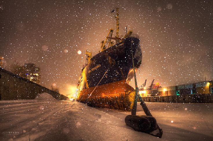 Silent night by Alex Rykov on 500px.com
