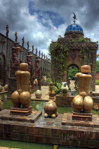 Brasil... Museu, Atelier e Oficina do artista e ceramista Francisco Brennand em Recife.  Flickr: by Celso Tissot