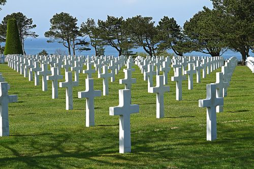 Nearby Google Image Result for http://www.cygnus3.com/web_images/normandy-june6d-day-cemetery.jpg