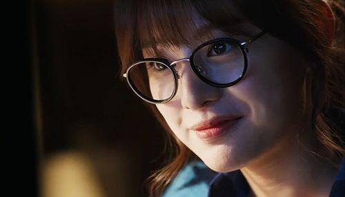 김지원 / Kim Ji Won Actress and Model in South Korea / Ma Ji Wool in Gap Dong