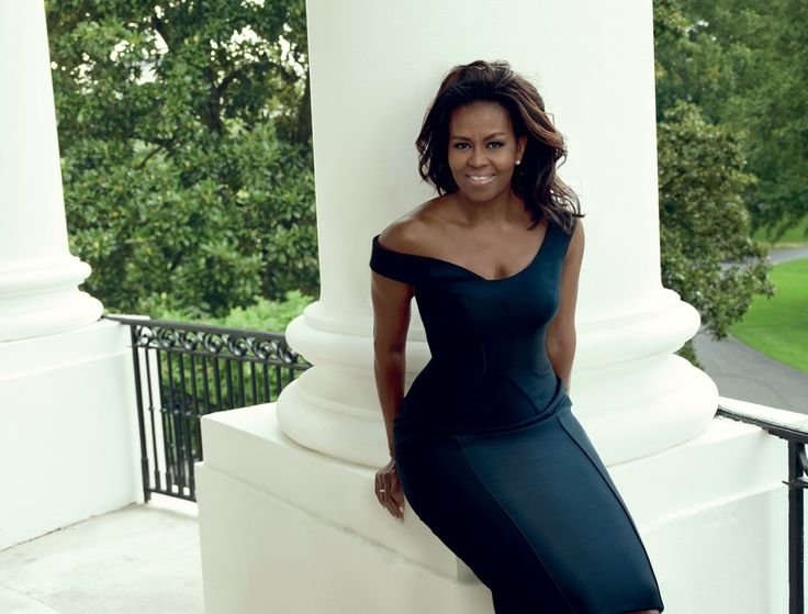 First Lady Michelle Obama covers Vogue's December 2016 issue.