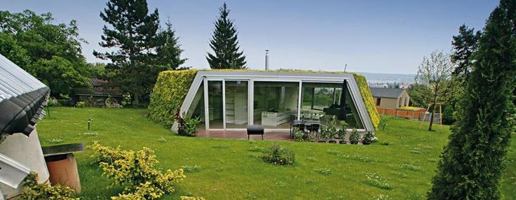 Studio ksa designed this green cabin  - foto © Ján Studený