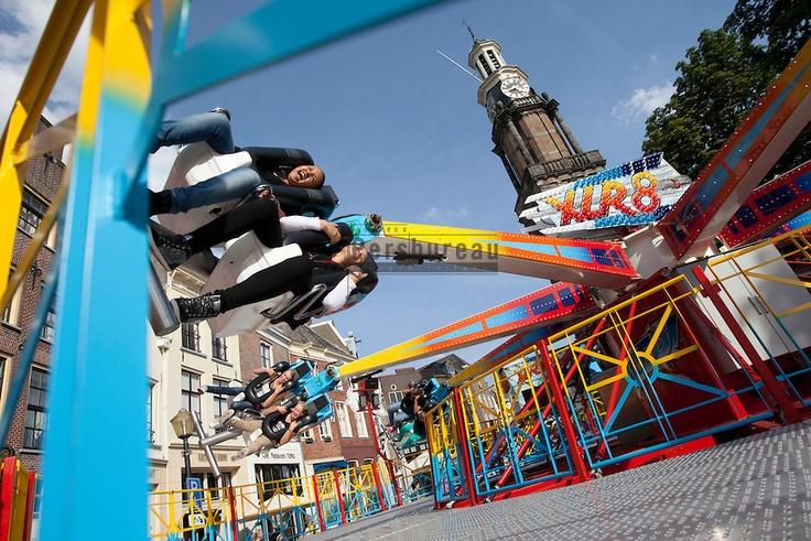 Het is weer kermis in Zutphen, de XLR8 op de Groenmarkt. Een nieuwe attractie op de Zutphense kermis.
