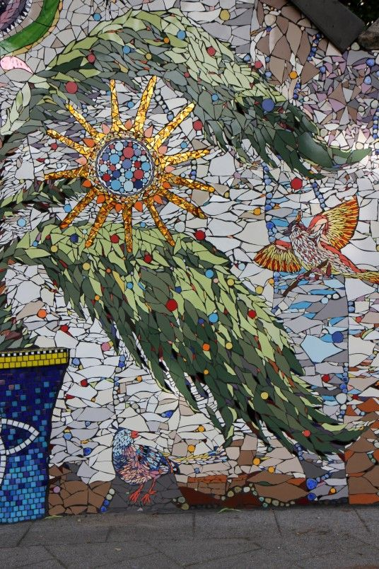 68 best images about mosaics murals on pinterest for Mosaic ideas for the garden
