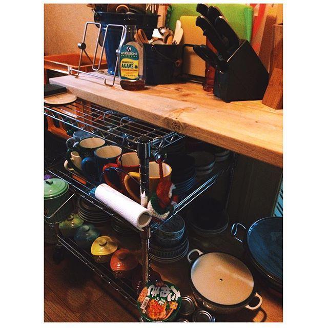 * * * 台所記録。 休みの今日1日で8割方 片付いて来た。 * * * #台所 #キッチン #台所収納 #収納 #断捨離 #キッチンツール #鍋 #コストコ #ストウブ #ルクルーゼ #kitchen #kitchentools #staub #lecreuset #cosismbym #食器 #賃貸 #クレート #家  Yummery - best recipes. Follow Us! #kitchentools #kitchen