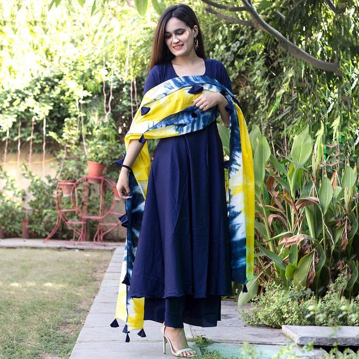 """3,598 Likes, 345 Comments - Bunaai By Pari Choudhary (@bunaai) on Instagram: """"All new TieDye Dupatta Kurta Palazzo Set ❤️ You can message us for direct link of the product […"""""""