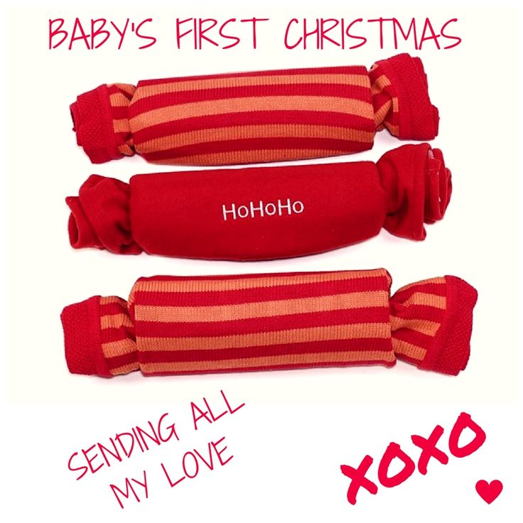 It wouldn't be Christmas without a cracker! Celebrate baby's 1st Xmas with a personalised blanket cracker set!