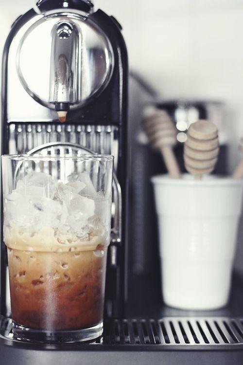 Machine & Ice Coffee Time. Nespresso Citiz #coffee, #drinks, #pinsland, https://apps.facebook.com/yangutu