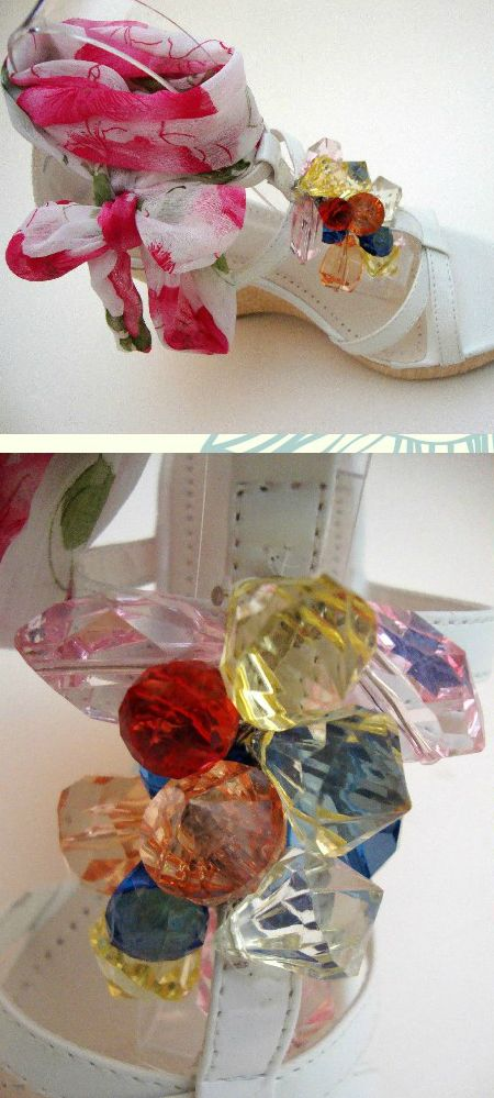 Interesting and very colorful. Ebay definitely knows what is cute and awesome...