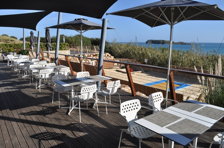 As Dunas is our beach restaurant with style serving fresh fish and seafood caught from our coast. The sand pit and the trampoline right in front of the restaurant makes it a delight for families - parents can enjoy their food and wine while kids are kept busy just in front of them.