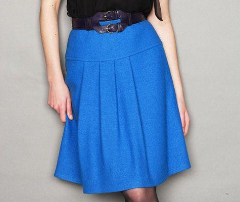 Woman's Skirt Pattern: A-line, knee-length