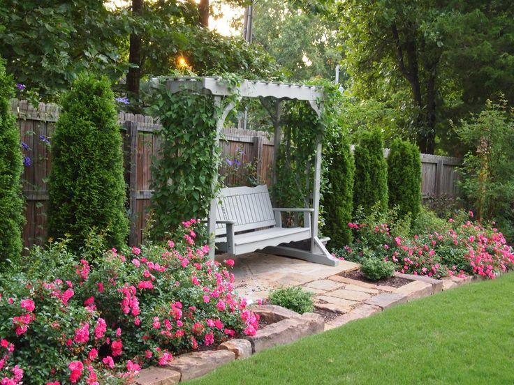 Sue's gardens in Arkansas, one year later | Fine Gardening featuring Flower Carpet Pink Supreme