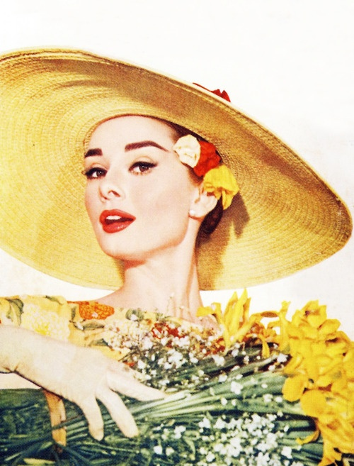 Audrey Hepburn 1957..I wonder if I could get Mrs. Nutter to help me reproduce this..@Andi Roberts