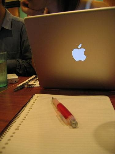 Getting Your First Freelance Writing Jobs  As a Beginner