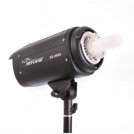 [10892] Hylow 300w Studio Light (Strobe and Modeling Lamp)