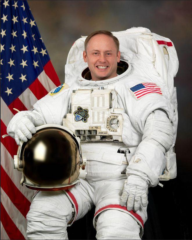 "EDWARD MICHAEL ""MIKE"" FINCKE (COLONEL, U.S. AIR FORCE, RETIRED) NASA ASTRONAUT http://www.jsc.nasa.gov/Bios/htmlbios/fincke.html"